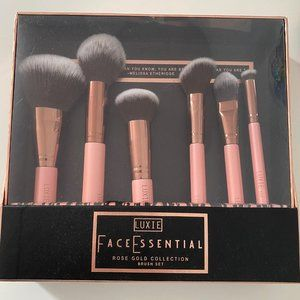 NEW! LUXIE FACE ESSENTIAL BRUSH SET-ROSE GOLD